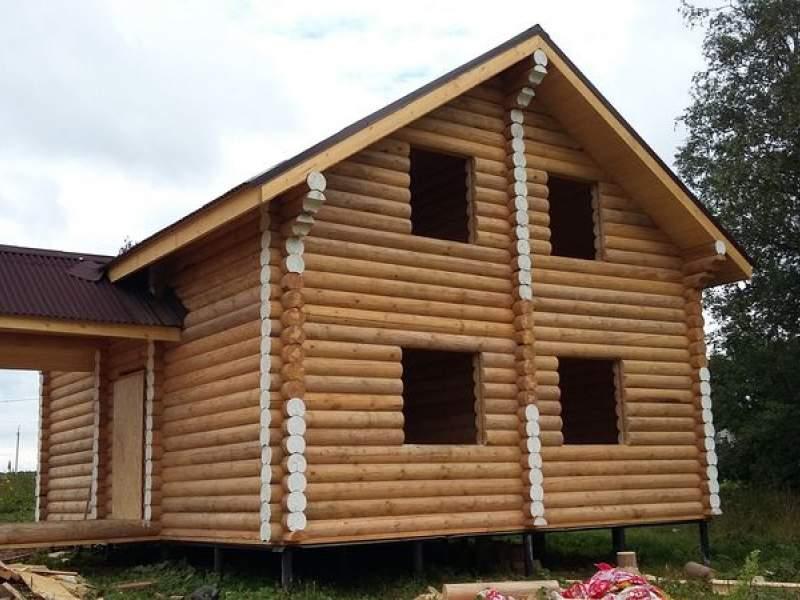 Дома из оцилиндрованного бревна