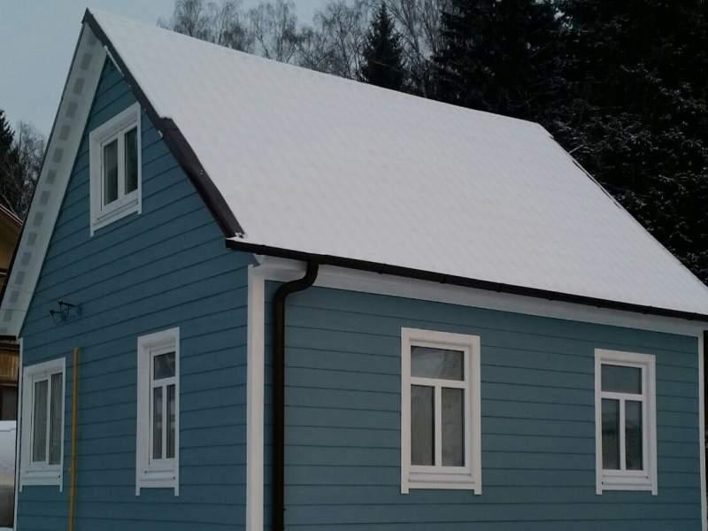 Деревянный дом после